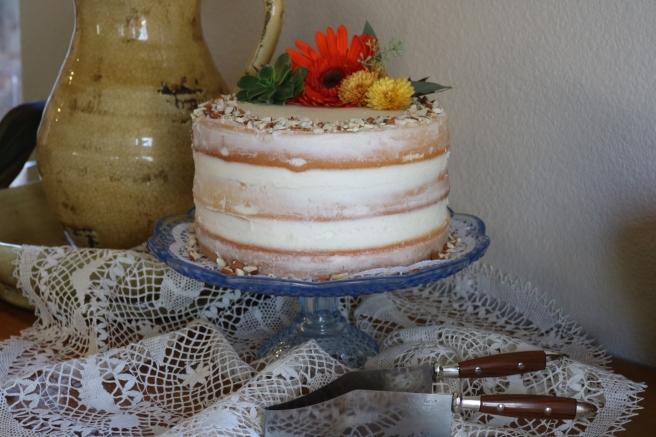 almond-cake-and-slicer-1