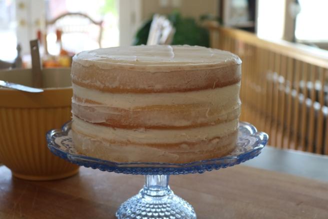 almond-naked-cake-1